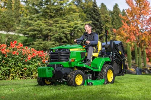New John Deere lawn tractor at BTME 2014
