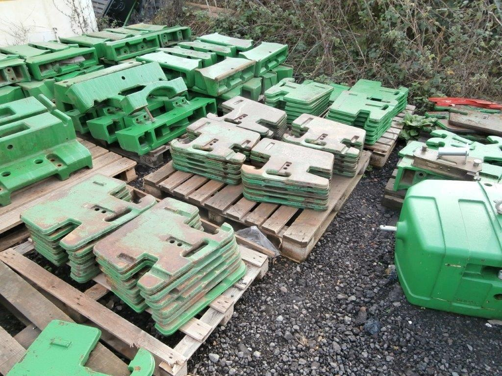 GC John Deere 50kg front weights USED