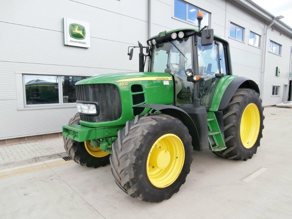 31037120 John Deere 6930 Premium 2011