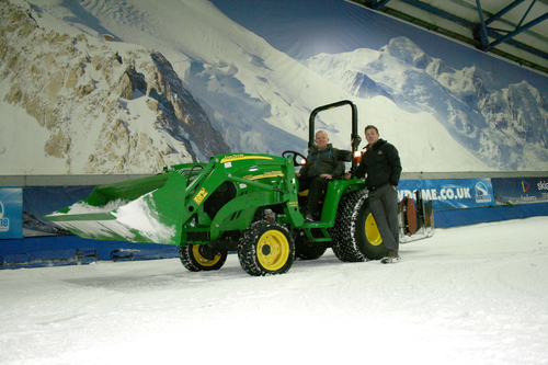 Deere on the piste