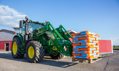 New generation R Series front loaders from John Deere