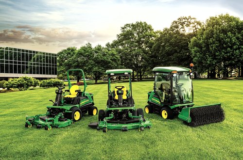 John Deere rotary wins Mower of the Year award.