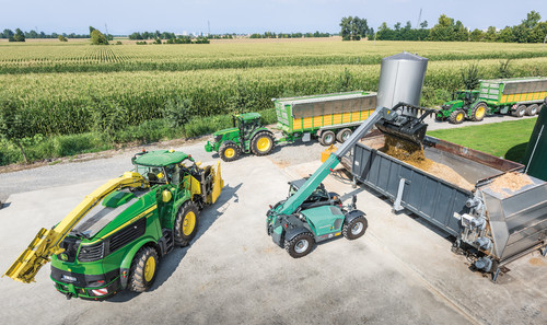 AgriScot debut for new John Deere forager