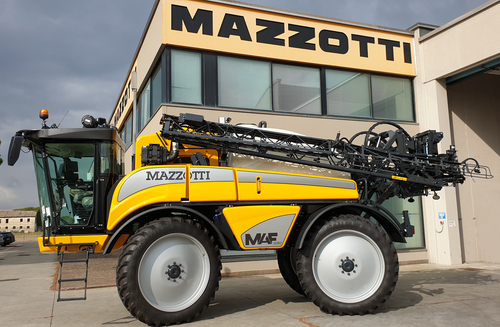 Mazzotti updates self-propelled sprayers for 2021